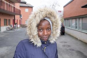 Elakiza Karimunda, Hallstavik: Jag känner mig säker, men jag går inte så långt från mitt hus.