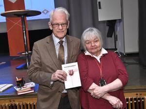Ingvar Carlssons och Anne-Marie Lindgrens uppdaterade bok om socialdemokratin borde vara obligatorisk läsning för alla med hjärtat till vänster.