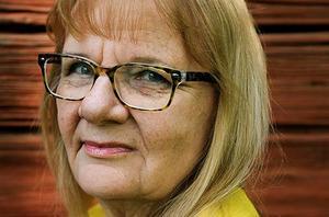 Aino Trosell, författare från Malung använder sig gärna av julen i sina böcker.