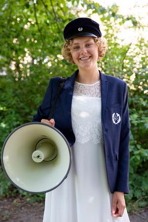 Hanna Lindberg är ordförande i Fanbärarna och har bråda dagar inför studentveckan.