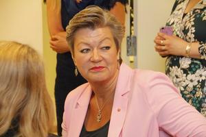 Arbetsmarknadsminister Ylva Johansson lyssnade på både företagare och arbetssökande om deras positiva erfarenheter om Arbetsförmedlingen i Sala.