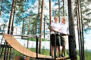 Foto: Josefin WiklundBritta Jonsson-Lindvall och Kent Lindvall startade verksamheten i Harads.