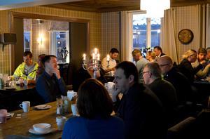 Ett 30-tal representanter från näringslivet deltog i företagsfrukosten på Säters stadshotell.