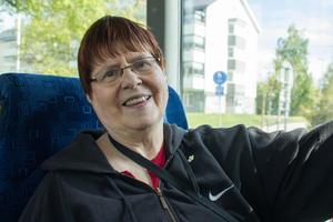"""""""Det är bra att bussen är gratis, men jag har åkt lika mycket som vanligt, eftersom jag inte har körkort"""", Sirkka Liisa Närhi."""