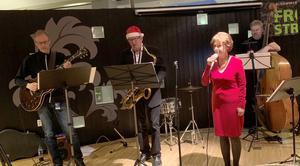 För underhållningen svarade, från vänster, Toni Backlund, Leif Olsson, Maud Sparrman och Hasse Lundhag. Foto: Kristina Andersson