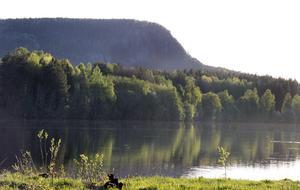 Ljungandalsvägen, Rankleven och Ljungan sett från Johannisberg.