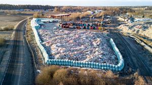Byggtippen i Skultuna får hårdare restriktioner.