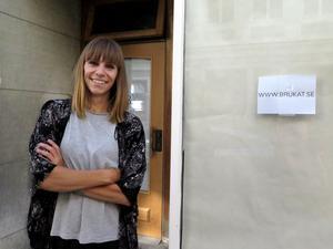 På onsdag slår portarna upp för Brukat, en modern secondhandbutik inriktad på damkläder. Butiksinnehavare heter Eva Lillhannus.