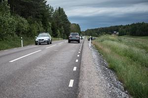 Bägge bilarna hamnade på taket efter frontalkrocken i Bjärtrå tidigare i sommar.
