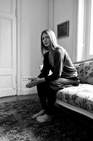 Helena Granström ställer obekväma frågor om det moderna samhällets konsekvenser.Foto: Helene Ringberg