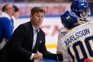 Leksands assisterande tränare Gunnar Persson pratar om en trovärdig defensiv mot HV71. Foto: Daniel Eriksson/Bildbyrån.