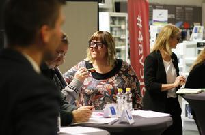 Maria Svanholm (S) efterlyste en ökad dialog med företagare i kommunen för att tillsammans arbeta för ett bättre företagsklimat.