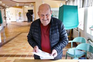 Herbert Lindqvist har förtidsröstat tidigare, men han har aldrig ångrat sina tidigare förhandsval.