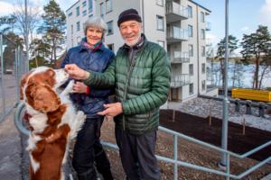 Barbro och Leif Zäll framhåller att det blir enklare för dem med mindre yta och en balkong på nio kvadratmeter.