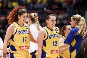 EM 2019 väntar för Amanda Aahui, Anna Barthold och det svenska basketlandslaget. Bild: Erik Simander/TT