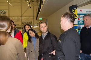 Jörgen Rogstam (i mitten), vd på företaget Eka, är arkitekten bakom Hällåsens Co2-system.