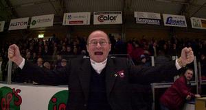Peo Larsson efter att Timrå IK tagit steget upp i Elitserien.