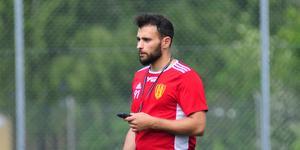 Mattias Genc är tillfällig tränare för Syrianska.