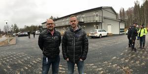 Nu är Härjegårdars nya bygge för studenter i Sveg klart. Vd Hans Heuser och fastighetschef Anders Persson välkomnade allmänheten på torsdagen för att inspektera bygget.