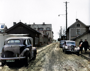 Smedjegatan i Lindesberg en moddig dag på 50-talet.