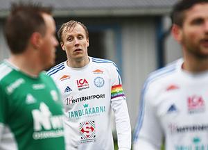 Niklas Norman leder skytteligan i division 3 mellersta Norrland trots att han missat fem matcher under våren.