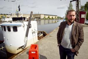 Något måste göras åt båtarna, men riktigt hur det ska gå till, har Lars Stål ännu inte klart för sig.