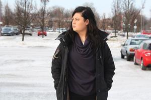 Nadja Jokiniemi fick inte förlängt sitt jobb på Salong Hårvågen i Avesta och fick komma till jobbet när hon var sjuk, för att chefen skulle avgöra om hon kunde arbeta.