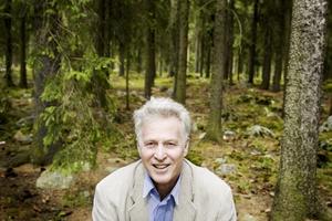 Gillar skogen. Bo Bylund tycker bäst om omgivningarna kring Gävle, med dess skogar och vatten.