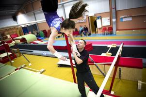14-åriga Ece Ayan genomför sin första tävling på seniornivå i helgen.