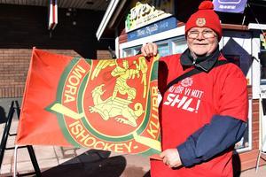 """Ingvar """"Nille"""" Niilimaa hoppas och tror på fyra raka segrar för Mora IK."""