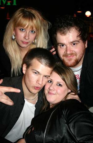 Oliver Twist. Saara, Zolt, Mattias och Sabina