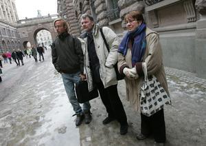 2005 demonstrerade Agneta Norberg på allmänhetens läktare i riksdagen. Tillsammans med två andra avbröt hon utrikesminister Laila Freivalds och vecklade ut en banderoll med texten Inget svenskt stöd till USAs krigspolitik.  Bilden är tagen efter demonstrationen.