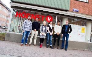 Några av vänsterpartiets nya namn. Bland annat Rikard Rudolfsson, längt till vänster i bild, som har en tredjeplats på listan. Foto: Sofie Lind
