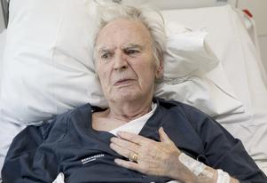 Larmtjänsten hade inte fått rätt nyckel av hemtjänsten Humana och kunde därför inte komma in och hjälpa Lennart Jansson när han blev hastigt sjuk. Han är nu arg och besviken på hemtjänstföretaget.