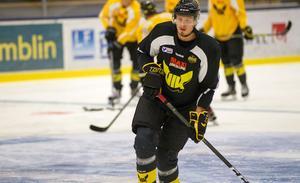 Jimmie Jansson tränade med Gulsvart under måndagen.