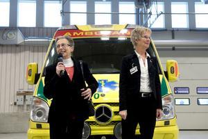 Landstingsrådet Jacomina Beertema (M) och akutens verksamhetschef Annika Berglund invigde i går den nya akutkliniken vid Länssjukhuset.