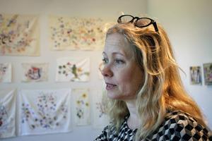 Anna Livion Ingvarsson, Konstcentrumchef och curator för utställningen tillsammans med Hanna Nordell.