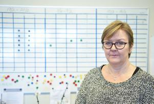 Margaretha Sandström, huvudskyddsombud vid Vårdförbundet för vårdområde opererande, ser med stor oro på den allt mer alarmerande utvecklingen på Sundsvalls sjukhus.