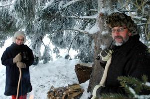 Ett julspel kräver naturligtvis herdar. I år gestaltades herdarna av Göran och Gunilla Jansson.
