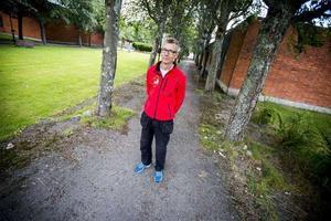 Erik Persson, vd för Campus Park, väntar otåligt på besked från Migrationsdomstolen.