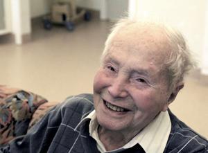 Holger Bredvik, 95 år.