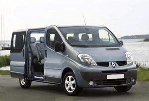 Konkurrent: Renault Trafic 2,5 dCi, 334 400 kronor.9-sitsig. Robotiserad växellåda. Enbart framhjulsdriven.