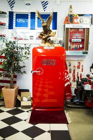 Ett kylskåp av amerikanskt snitt. Original förstås...