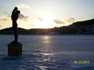 Badhusparken en kall och isig eftermiddag. Foto: Camilla Gustafsson