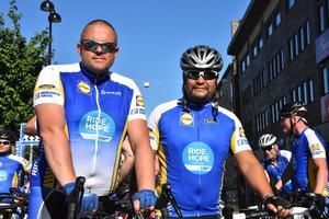 Örnsköldsviksborna Magnus Hallén och Mattias Norlin deltar i Ride of Hope.