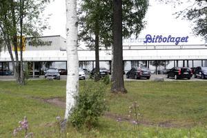 Delen av byggnaden där Bilbolaget i Östersund vill bygga en bilhall i två våningar.