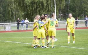 Ljusdal körde över Timrå på hemmaplan i fotbollshallen.
