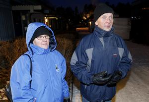 Radhuset totalförstördes. Mona Nielsen och Sune Eriksson tillhör de familjer som drabbats värst i radhusbranden.