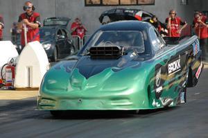 Jonas Staflund, Skellefteå, vann lite oväntat Top metanol funny car.