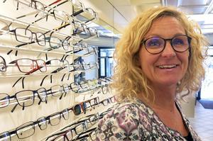 Annica Holmgren är ny ägare till Bryntes Optik. Ett klassiskt inslag i Gävles stadsbild. Bryntes har funnits sedan 1922.